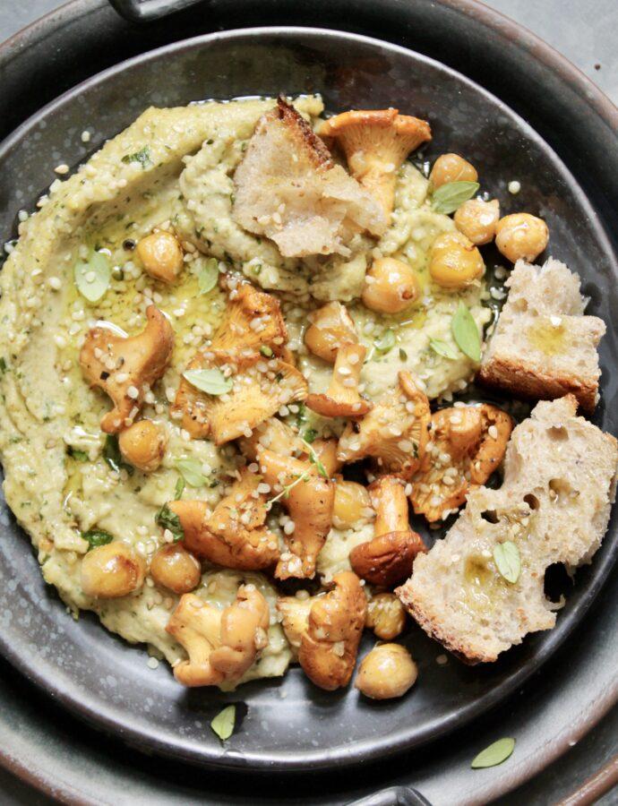 Hummus mit Eierschwammerln